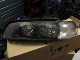 BMW E39 fényszóró. bal Halogen
