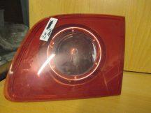 Mazda 3 BK.S. hátsó belső  lámpa jobb